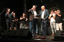 Z koncertu a křtu CD Můj táta Dědek s Michalem Šindelářem a jeho hosty na Festivalu na ulici v Plzni.