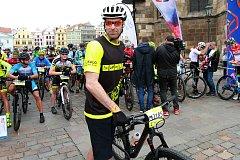 cyklistika závod Plzeňská padesátka série Kolo pro život start náměstí Republiky brankář Petr Čech