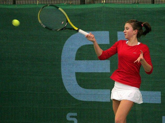 Nasazená jednička tenisového halového mistrovství České republiky starších žákyň Barbora Miklová z TK SK Zlín (na snímku) se musela spokojit se stříbrem