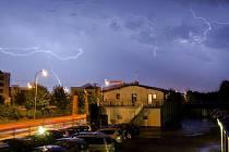 Bouře nad Plzní nedaleko univerzity na Borech.
