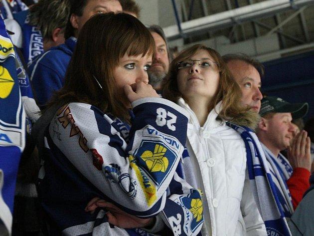 Plzeňstí hokejisté ve čtvrtek proti Kladnu nevyužili výhodu domácího ledu a sezona tím pro ně skončila. Vyřazení v předkole play off hlediště oplakalo...