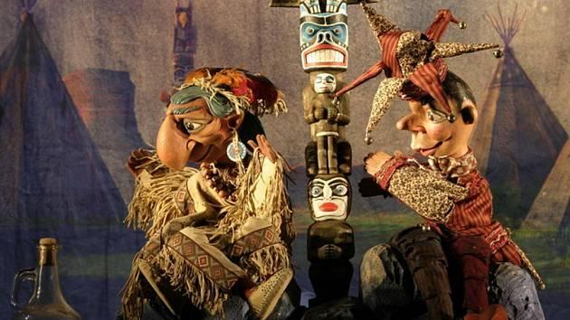 Kašpárek a Indiáni je úspěšná inscenace plzeňského Divadla Alfa, která sklidila ohlas a získala ocenění i na právě skončeném 41. ročníku loutkářského festivalu v Záhřebu