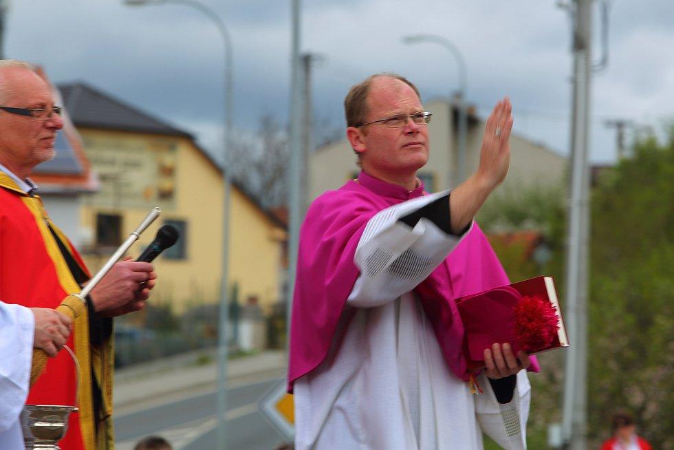 Nepomuk - odhalení a vysvěcení sochy sv. Jana Nepomuckého. Generální vikář David Henzl