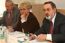 Zleva Zdeněk Mužík, Milada Emmerová a Jindřich Brabec