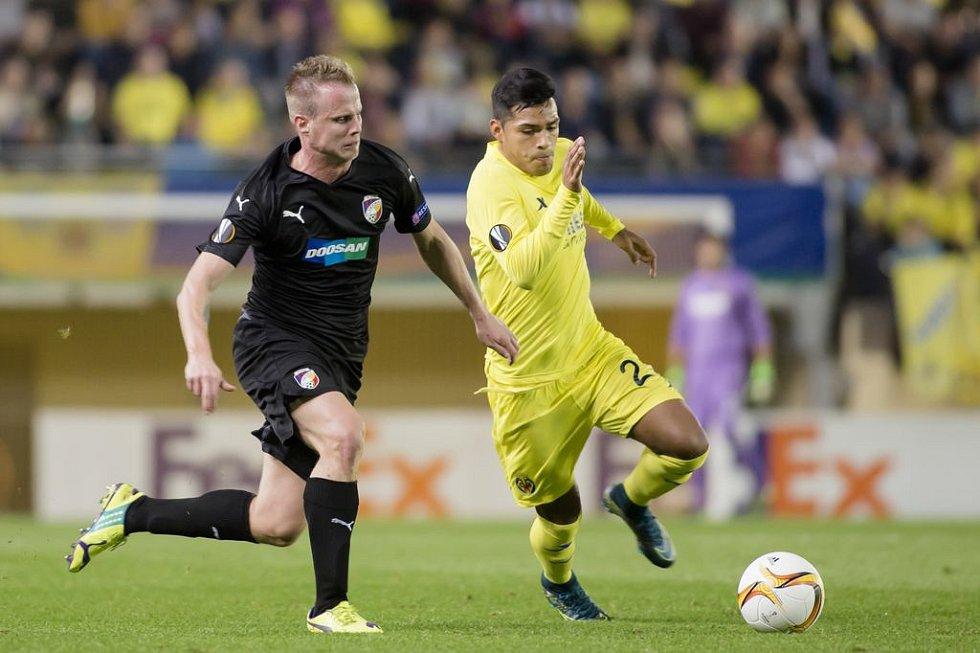 David Limberský během utkání s Villarrealem