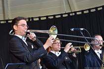 Jindřich Jindřich hraje na trombon, založil a vede Pilsner Jazz Band.
