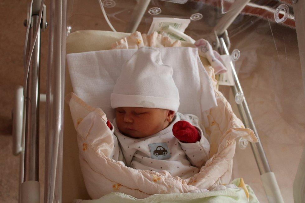 Rozálie Talafousová (3440 g) se narodila 24. května v 10:55 ve Fakultní nemocnici vPlzni. Na světě ji přivítali rodiče Veronika a Luboš z Plzně.