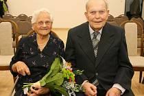 Helena a Robert Jungmannovi oslavili platinovou svatbu. Manželi jsou 70 let.