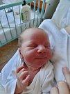 Kryštof Ján Dubný se narodil 11. srpna v17 hodin mamince Martině Kateřině a tatínkovi Tomášovi zVysočan u Manětína. Po příchodu na svět vporodnici U Mulačů vážil jejich synek 3800 gramů a měřil 54 cm