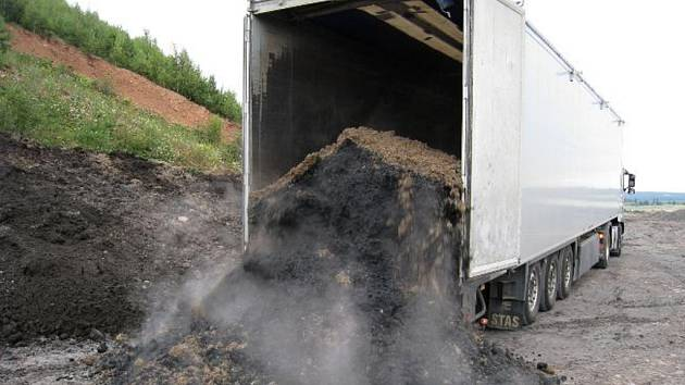 Firma ELRON CZ vyrábí rekultivační kompost