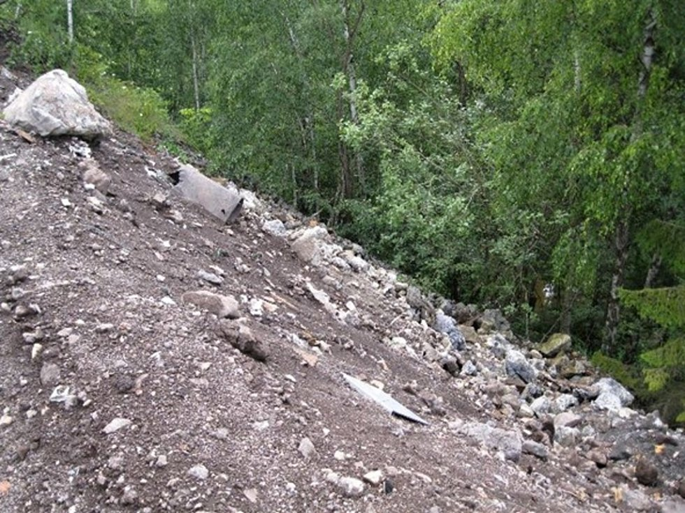 Odpad společnost navezla na stavbu fotovoltaické elektrárny v Nové Huti na Rokycansku.