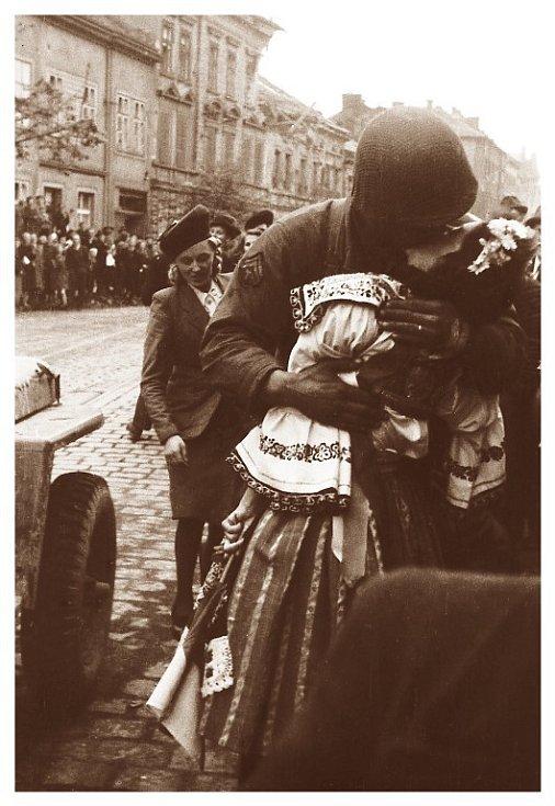 Fotografie z osvobození Plzně v roce 1945