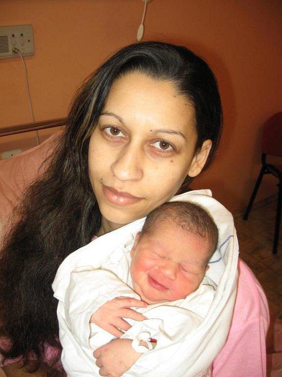 Růženě Horvátové a Alexandru Žigovi ze Zbůchu se 5. ledna ve 2.00 hod. narodila v Mulačově nemocnici dcera Adélka (2,90 kg/48 cm). Dvouletá Sára se už nemůže dočkat, až tatínek přiveze sestřičku s maminkou domů