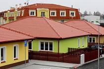 Ve městě vznikly v rámci I. etapy transformace tři nové rodin-né domky. Klienti je zabydlí o tomto víkendu