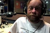 Cestovatel  z Plzně Jaroslav Král alias Šnek navštívil australské rádio SBS už podruhé
