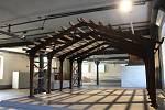 Expozice v budově pivovaru láká na průřez historií stavebnictví. Na tomto snímku vidíte ukázky několika druhů zdiva.
