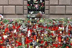 Plzeňáci se stále loučí s Karlem Gottem