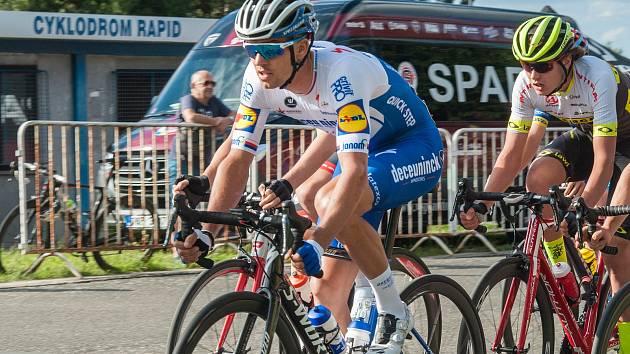 V létě se cyklista Zdeněk Štybar zúčastnil i kritérií na plzeňské Lopatárně, teď se chystá na slavný etapový závod do Španělska.