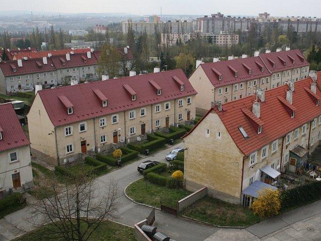 Z několika domů lokality Berlín se musí lidé kvůli uvažované silnici vystěhovat
