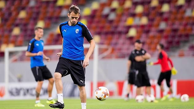 Hráči Viktorie Plzeň na stadionu Arena Nationala v Bukurešti.
