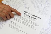 Petice za bezpečnou Mánesovu ulici