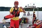 04 – Nezbytnou součástí záchranného vybavení nejen pro profesionály je házecí pytlík tzv. házečka. Tato jednoduchá pomůcka je dostupná, skladná a může zachránit život.