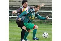 Fotbalová Liga starých gard pokračovala osmým kolem. Rapid i Smíchov, z jejichž vzájemného souboje je archivní snímek, si v něm připsaly tři body
