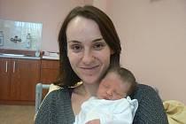 Johana Sofie (2,62 kg, 47 cm), která přišla na svět 14. 11. ve 12.37 hod. ve FN vPlzni, je prvorozenou dcerou Michaely a Martina Svobodových zPlzně