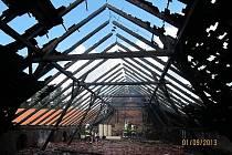 Požár stodoly v Bezděkově na jižním Plzeňsku