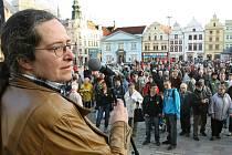 Protivládní demonstrace na náměstí Republiky v Plzni