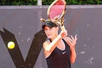 Vítězka mezinárodního juniorského tenisového turnaje Ex Pilsen 2015 Tereza Procházková vypadla v závěrečném kole kvalifikace na hlavní soutěž Tennis Arena Cup v Plzni, v němž se hraje o 25 tisíc amerických dolarů.
