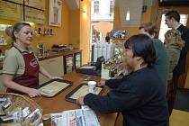 """V kavárně Cross Cafe se koncem listopadu rozběhne projekt """"férového randění"""""""
