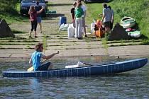 V kempu U Dolanského mostu na řece Berounce bylo o prodlouženém víkendu živo