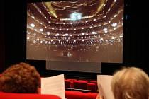 Diváci v plzeňském multikině CineStar sledují přenost z opery v New Yorku