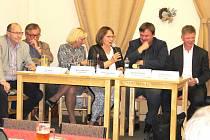 Vedení obvodu diskutovalo sobyvateli Bílé Hory