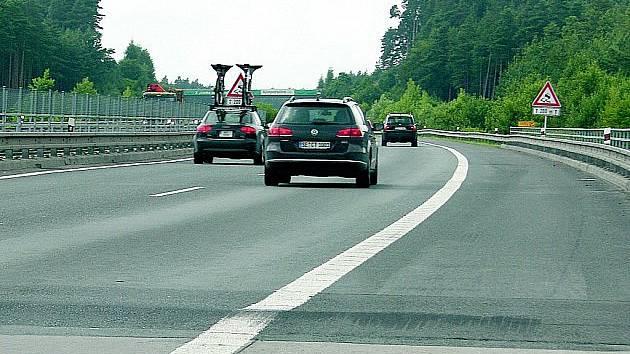 Zvlněná dálnice D5 v roce 2012.