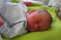 Jan Lisner (3,54 kg, 51 cm) ze Zbirohu se narodil 10. 3. ve FN v Plzni. Doma se na Honzíka těší o 6 let starší sestřička Adélka. Rodiče děkují za profesionální přístup a laskavou péči gynekologicko-porodnické klinice a neonatologickému oddělení FN v Plzni