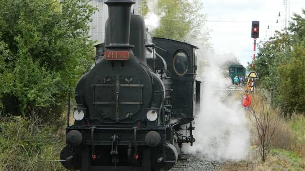 Parní vlak v Kralovicích.