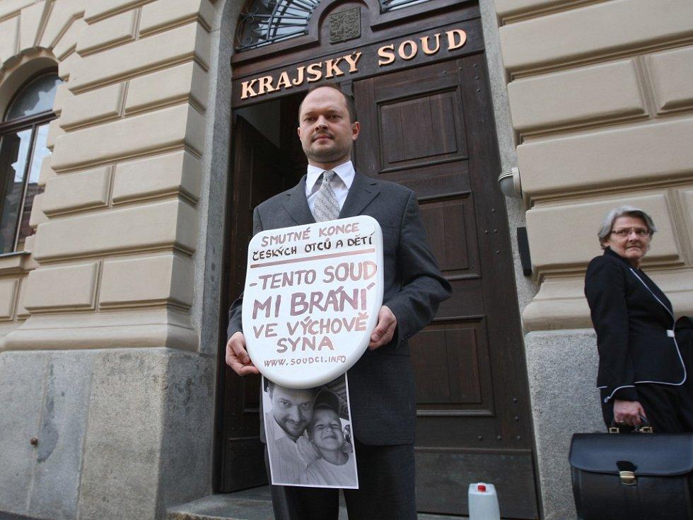 Aleš Hodina protestoval proti postupu plzeňského krajského soudu