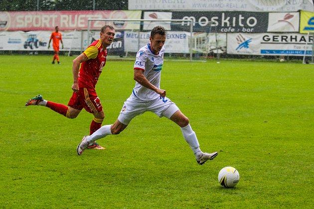 Šimon Falta vutkání sruským Arsenalem Tula.