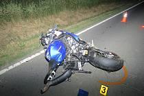 Motorkář havaroval u Nezvěstic