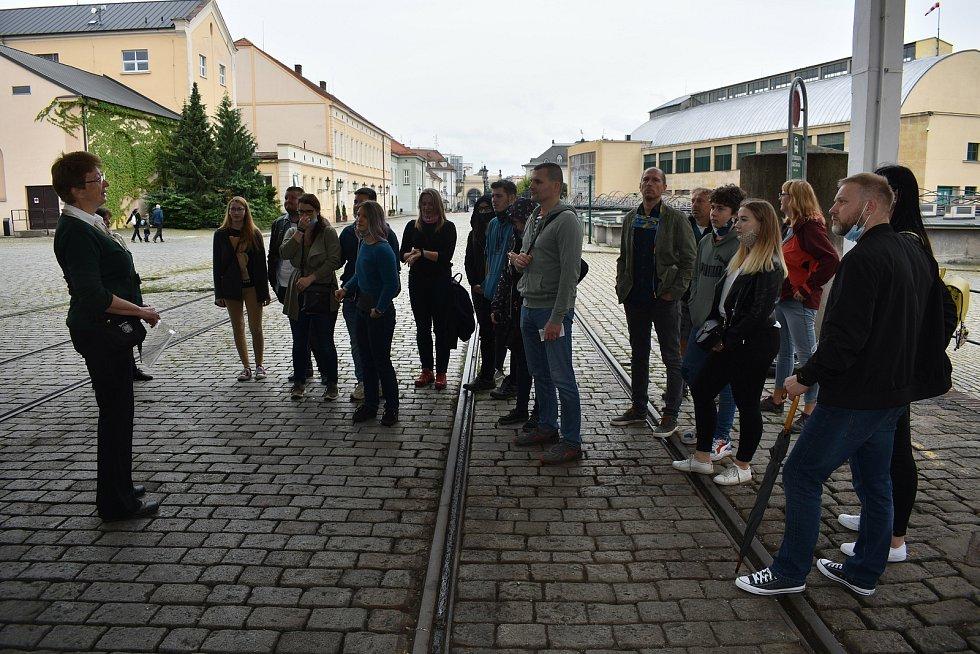 Prohlídka Plzeňského Prazdroje v rámci Industry Open umožnila veřejnosti poprvé v historii vidět i sladovnu.