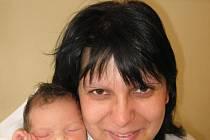 Martě Kratochvílové a Romanu Bambasovi zHeřmanovy Hutě se 27. dubna v15.40 hod. narodila ve Stodské nemocnici třetí dcera Eliška (3,25 kg/50 cm), na kterou se doma moc těší dvě sestřičky – pětiletá Terezka a tříletá Lucinka