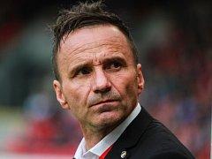 Trenér Karel Krejčí neskrýval zklamání z porážky s Rapidem.