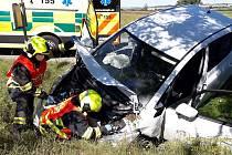 Nehoda dodávky a osobního auta u Spáleného Poříčí.