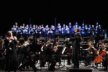 Kanadské pěvecké naděje bude doprovázet v Plzni a Karlových Varech orchestr DJKT vedený šéfdirigentem Norbertem Baxou