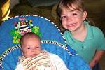 Mareček(3, 50 kg,48 cm) se narodil 15.8. ve 22:53 ve FN v Plzni  rodičům Michaele a Michalovi Šlesingerovým z Merklína. Na fotografii je se skoro tříletou sestřičkou Martinkou