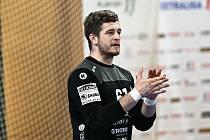 Brankář Talent týmu Plzeňského kraje Karel Šmíd je základním kamenem úspěchů mužstva, což prokazuje i v letošním play-off extraligy házené.