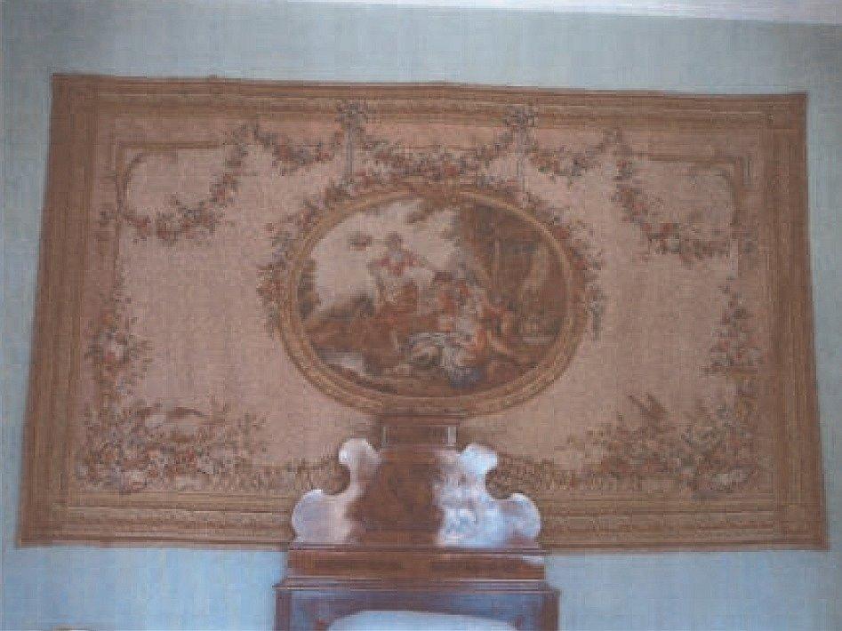 Na zámku v Manětíně na severním Plzeňsku je vystavený gobelín, který Karlovarský kraj daroval Ústavu památkové péče.
