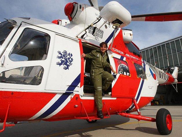 Vrtulník Letecké záchranné služby.